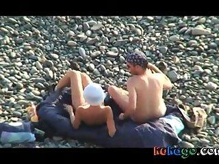 Voyeur on high public beach. Oral mating