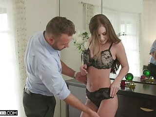Turned on after staggering cuni X-rated hottie Whitney Westgate rides sloppy cock
