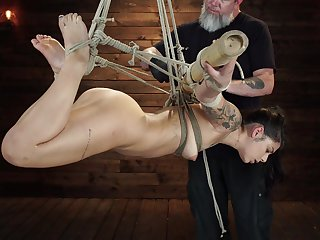 Bondage extreme for someone's skin slaved dame with a nice ass