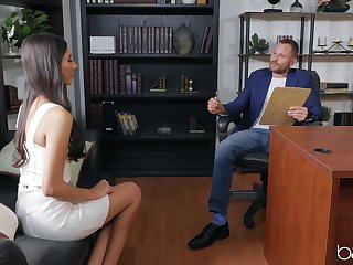 Petite sculpture Gianna Dior fucked on the office table by a alluring guy