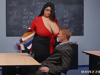 BBW teacher leaves younger hunk to extinguish her wet vagina