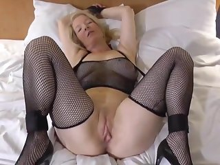Hot blonde is ready be useful to say no to boyfriends big dick!