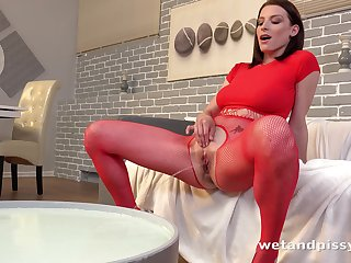 Busty lady Victoria Daniels loves pissing and drilling herself with a toy