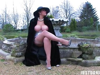 Sexy babe Danica Collins loves rubbing their way pussy in the backyard