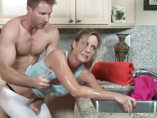 MILF gets her hand get on in the drain, her son helps